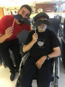 Txurdinagabarri Egoitzak bat egin du Movember ekimenarekin
