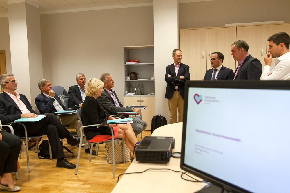 Visita a la Residencia de Personas Mayores Txurdinagabarri de Bilbao