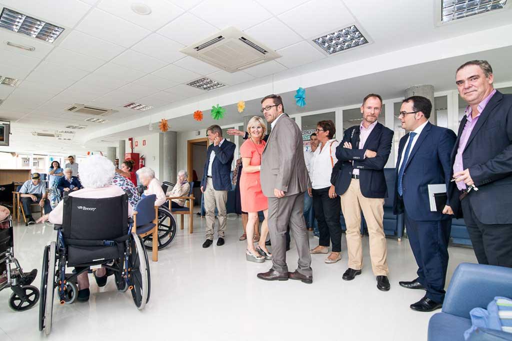 Visita a la Resdiencia de Personas Mayores Txurdinagabarri de Bilbao