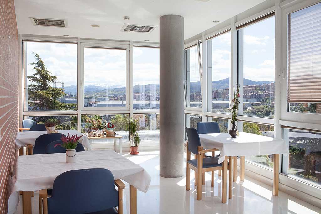 Sala de la Residencia de personas mayores Txurdinagabarri de Bilbao