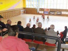 La Residencia de mayores Txurdinagabarri anima al Bidaideak BSR