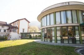 Exterior del Centro de Día para ancianos Aita Menni de Eskoriatza