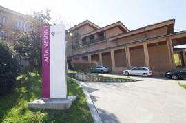 Acceso a la Residencia de Ancianos Aita Menni de Arrasate-Mondragón (Gipuzkoa)
