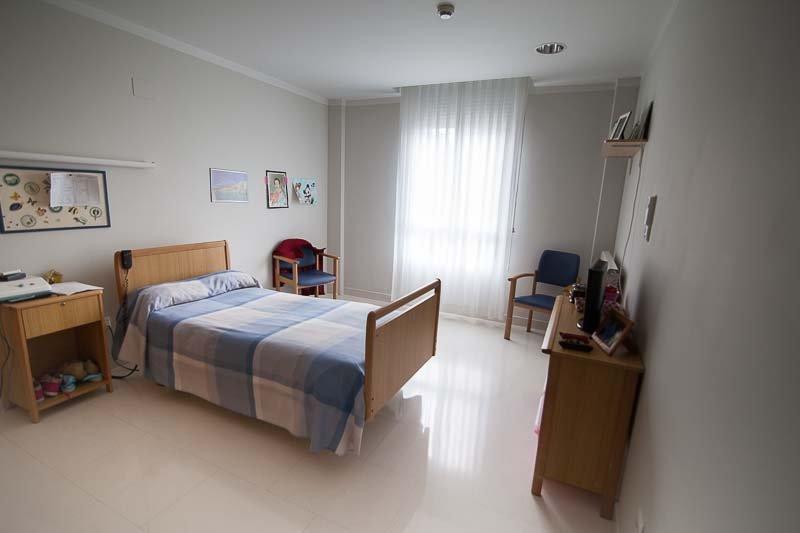 Habitación individual de la Residencia para la Tercera Edad Txurdinagabarri
