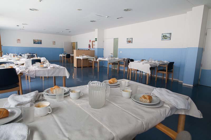 Una de las zonas de comedor de la Residencia de Personas Mayores Joxe Miel Barandiaran de Durango