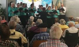 Coro Nagusilan en la Residencia de personas mayores Santiago de Villabona