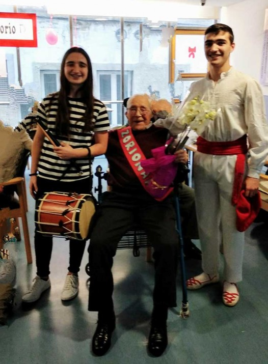 Gregorio Urionaguena cumple 101 años en la Residencia de ancianos Barandiaran de Durango