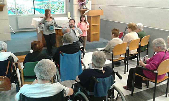 Lectura fácil en la Residencia de personas mayores Santiago de Villabona