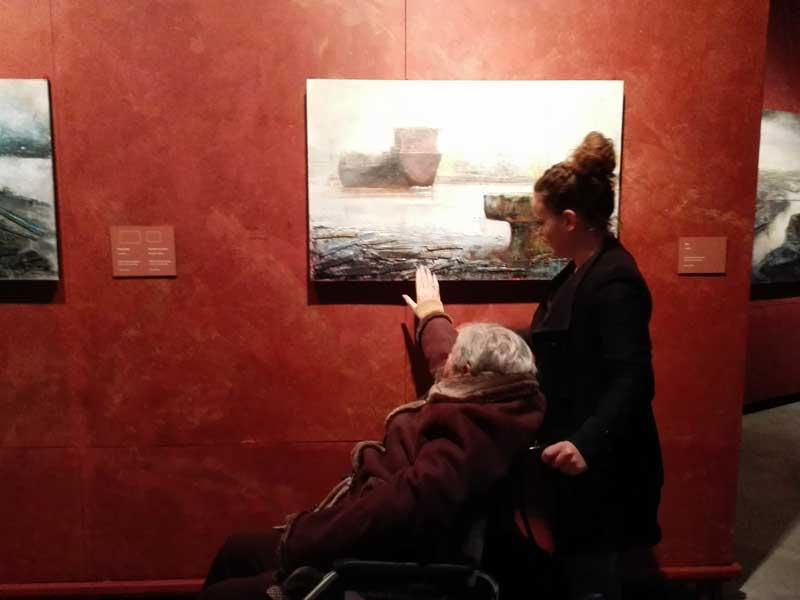 Visita de la Residencia de Ancianos de Txurdinagabarri al Museo Marítimo de Bilbao