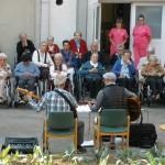 Nagusilan actúa en en la Residencia de personas ancianos Santiago de Villabona