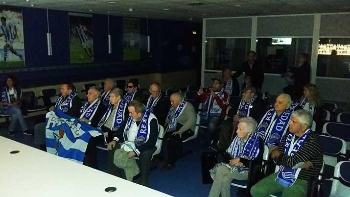 Aita Menni Ospitaleko Futboletan oinarritutako oroitzapen tailerreko parte-hartzaileak Anoetan izan dira