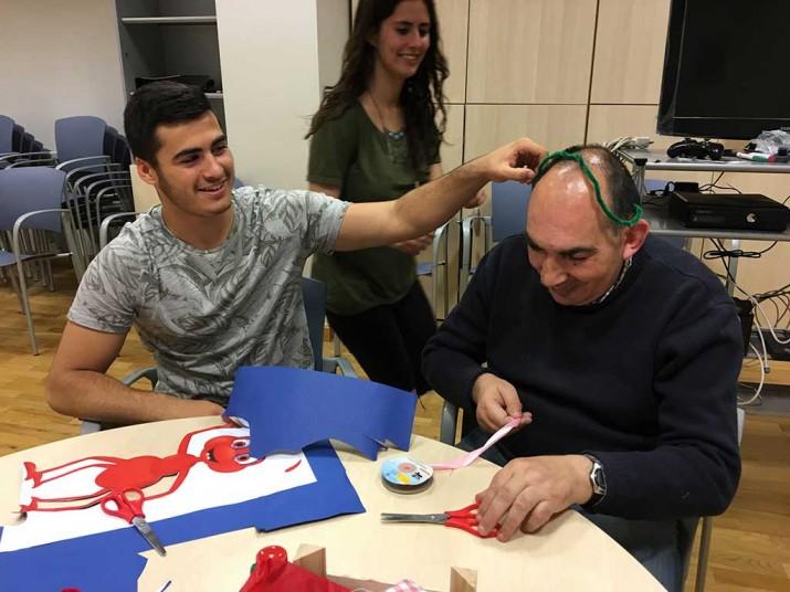 Programa Intergeneracional en la Residencia Txurdinagabarri
