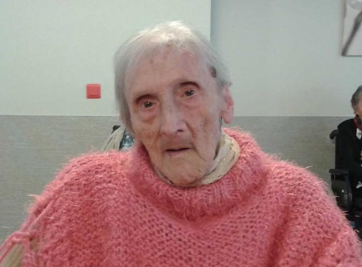 Pilar Garaiburu, centenaria de 103 años de la Residencia Santiago de Villabona , Gipuzkoa
