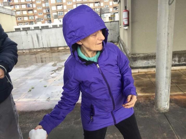 Nieve en la Residencia de ancianos Txurdinagabarri de Bilbao