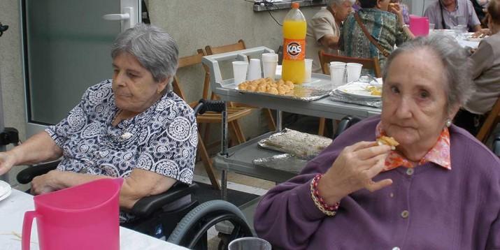 San Juan en la Residencia de ancianos Santiago de Villabona