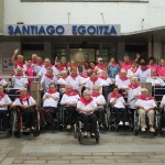 Residentes de Santiago, ante el centro