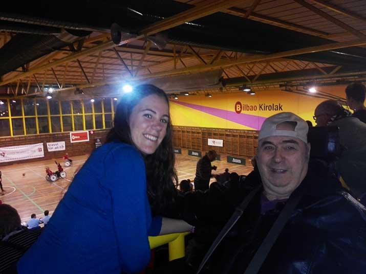 Acudimos a Txurdinaga a animar al Bidaideak BIlbao de baloncesto en silla de ruedas