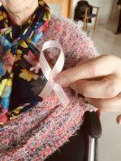 Residencia Txurdinagabarri: Lazos rosas por el cáncer de mama